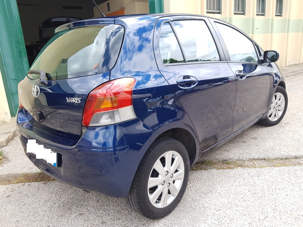 Toyota Yaris 1.4 D Automatica